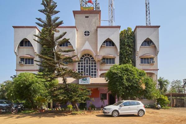 Hotel Hill Top - Kund Falia - Daman Image