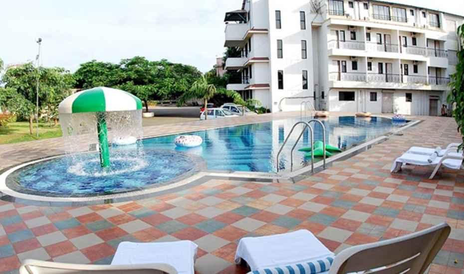 Hotel Royal Garden - Main Road Dhabel - Daman Image