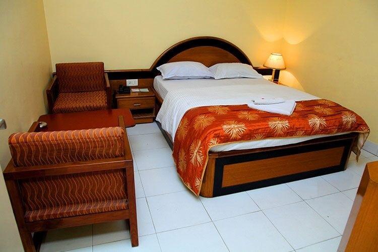 Hotel Trincas Savoy - Bhuli - Dhanbad Image