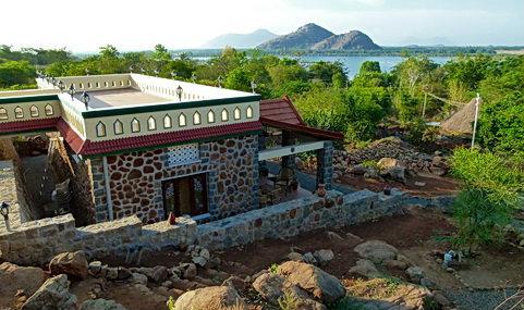 Candle House Resort - Kamarajar Lake Side - Dindigul Image