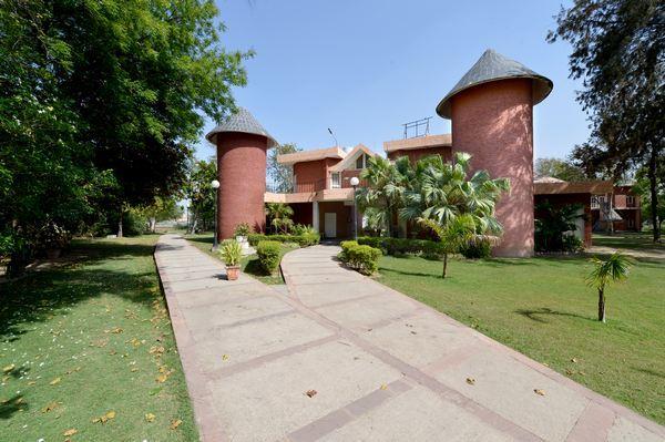 Dabchick Tourist Complex Motel - Hodal - Gurgaon Image