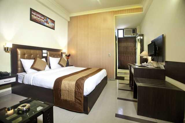 Sapna Hotel - Rajeev Colony - Gurgaon Image