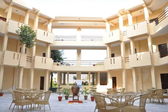 Kadamb Kunj Resort - Fatehpur Sikri Road - Bharatpur Image