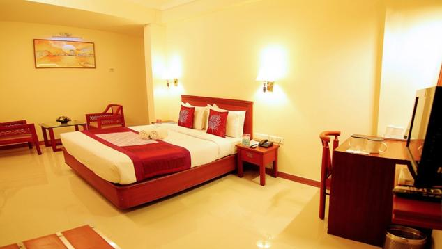 Hotel Archana Inn - Warriam Road - Ernakulam Image