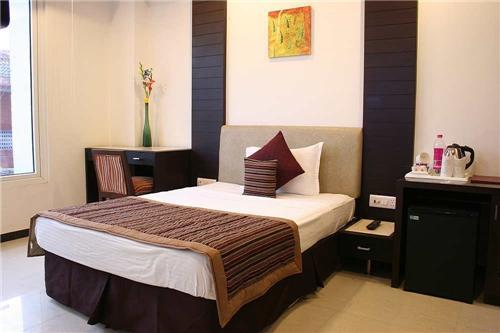 Tirupati Hotel - Civil Lines - Faizabad Image