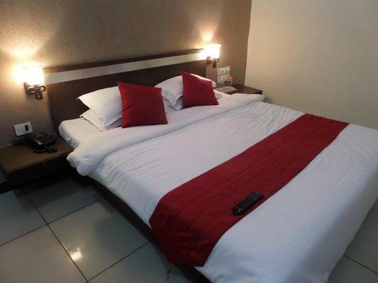 Hotel Sunrise - Nerul - Navi Mumbai Image