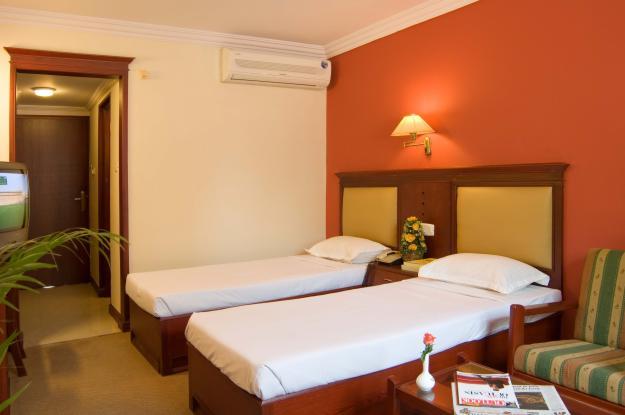 Hotel Three Star - Kharghar - Navi Mumbai Image