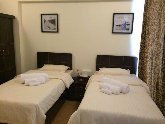Opulent Hospitality - Airoli - Navi Mumbai Image