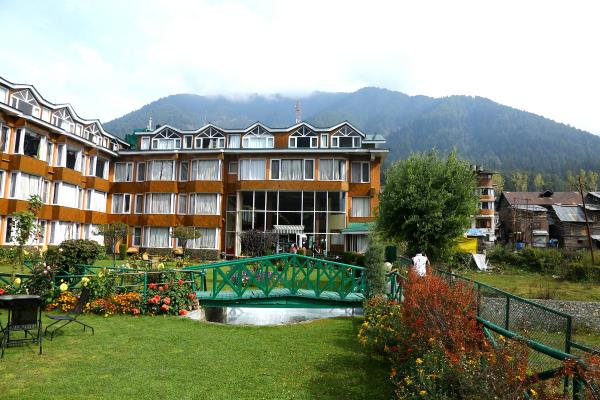 Hotel New Mount View - New Gurudwara Road - Gulmarg Image