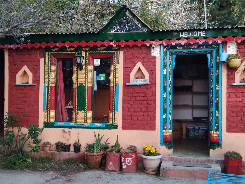 Madhuvan Cottage & Restaurant - Mukteshwar - Nainital Image