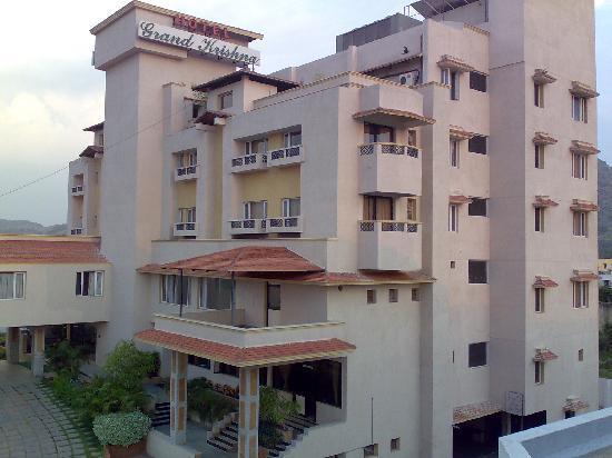 Hotel Grand Krishna - Alamelumangapuram - Vellore Image