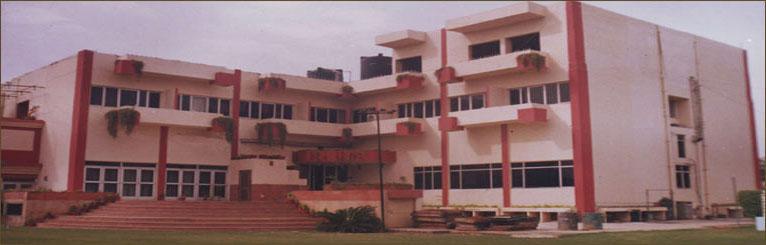Duke Palace - Saraswati Kund - Mathura Image