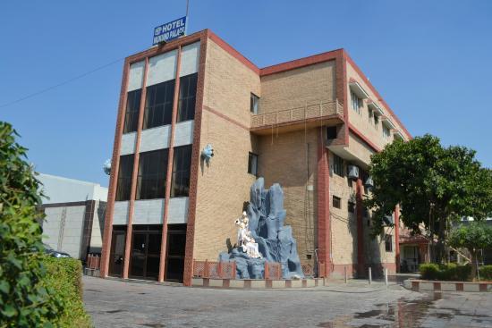 Hotel Mukund Dham - Bhuteshwar Road - Mathura Image