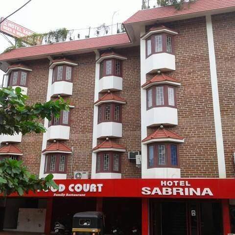 Sabrina Hotel - Perintalmanna - Malappuram Image