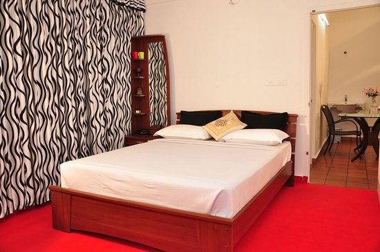 The Kallat Hotel - SP Office Road - Kalpetta Image