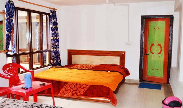 Meazbaan Hotel - Chandanwari Road - Pahalgam Image