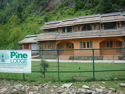 Pine Lodge - Chandanwari Road - Pahalgam Image