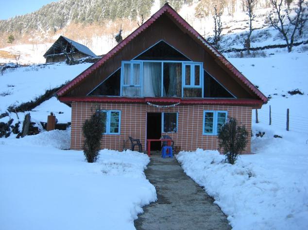 River Front Guest House - Aru Road - Pahalgam Image