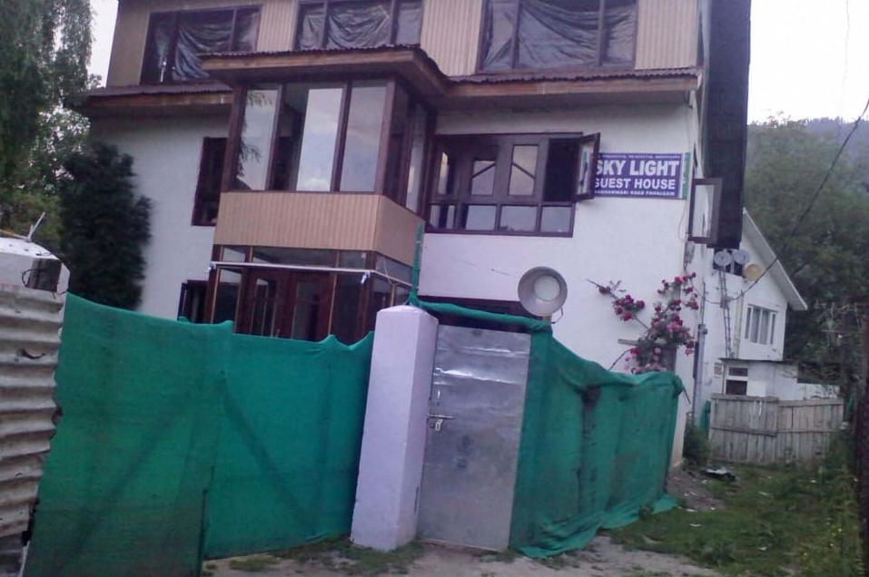 Sky Light Guest House - Anantnath - Pahalgam Image