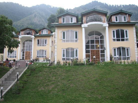 Walnut Hill Resort - Pahalgam Image