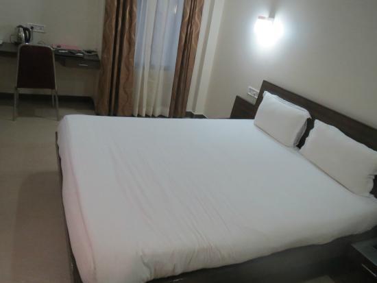 Hotel Anand Continental - Khoyathong Road - Imphal Image