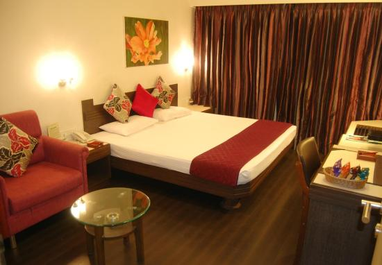 Hotel Apollo - Thangal Bazar - Imphal Image