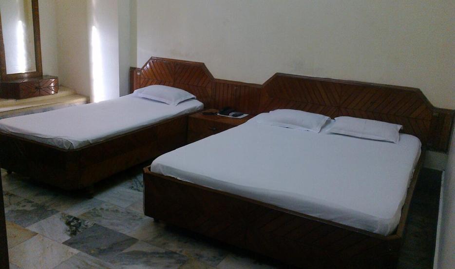 Hotel Krishtina - Paona Bazar - Imphal Image