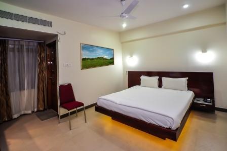 Hotel Yaiphaba - Thangal Bazar - Imphal Image