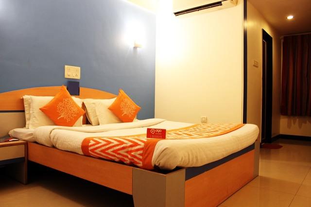 Hotel Dwaraka - Goodshed Road - Hubli Image