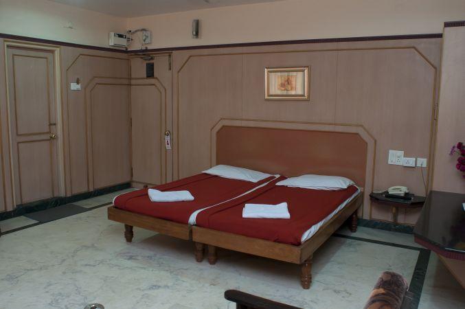 Hotel Swathi - Lamington Road - Hubli Image