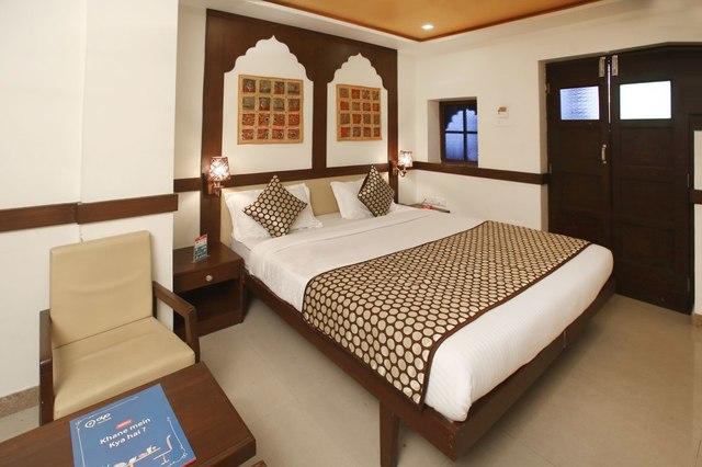 Santhi Hotel - AC Nagar - Nellore Image