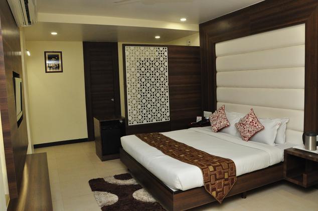 Hotel Simran - Fafadih - Raipur Image