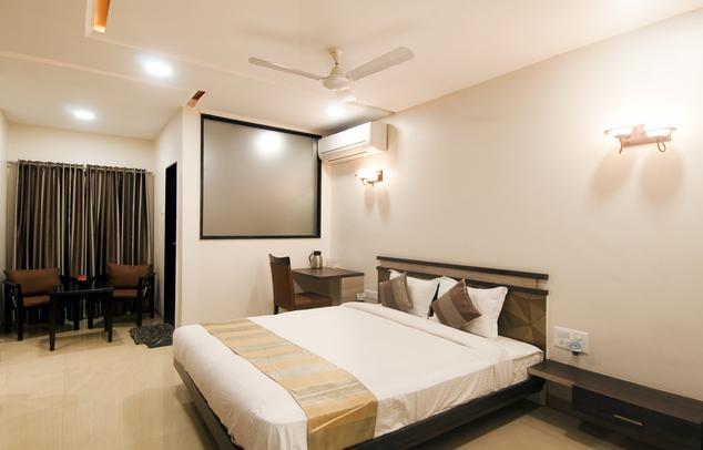 Hotel The Sudesh - Balaji Nagar - Raipur Image