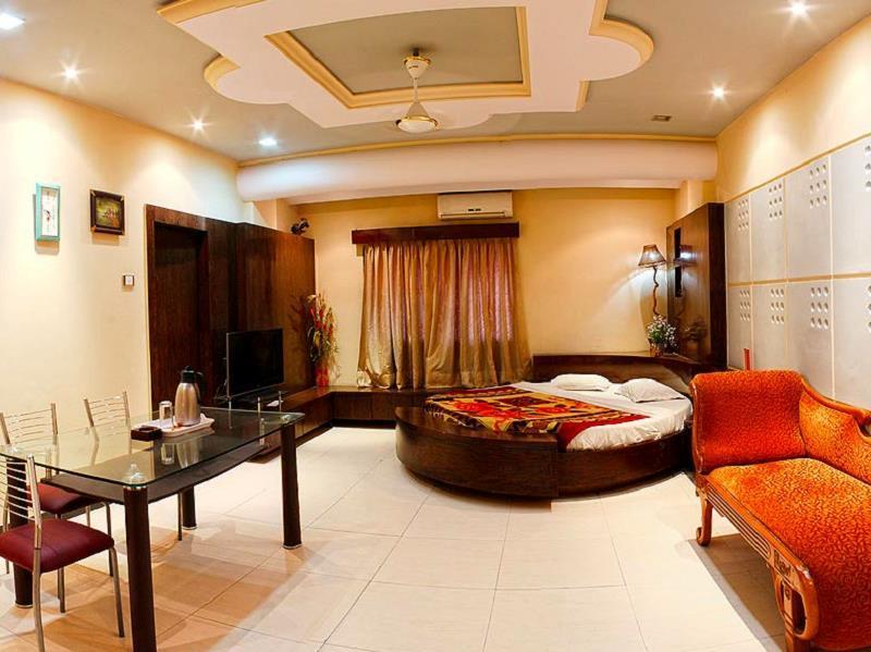 Hotel Welcome - Moudhapara - Raipur Image