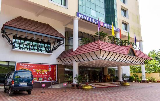 Rvee S Regency Hotel East Nada Guruvayoor Image