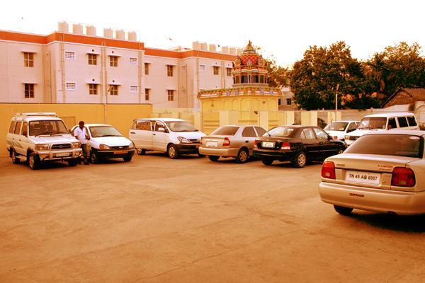 Hotel Raya's & Raya's Annexe 1 - Head Post Office Road - Kumbakonam Image