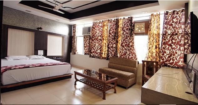 Hotel Platinum Plaza - Sector 14 - Rohtak Image