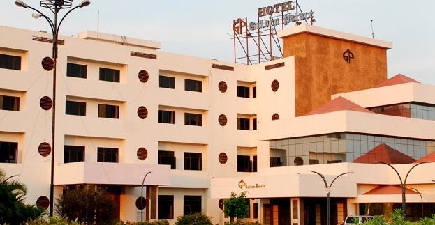 Hotel Golden Palace - Thillaipuram - Namakkal Image