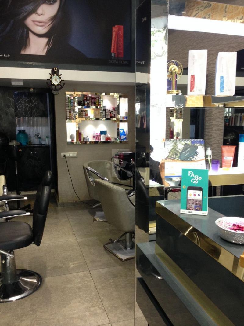 Essence Salon Day Spa - Malad West - Mumbai Image