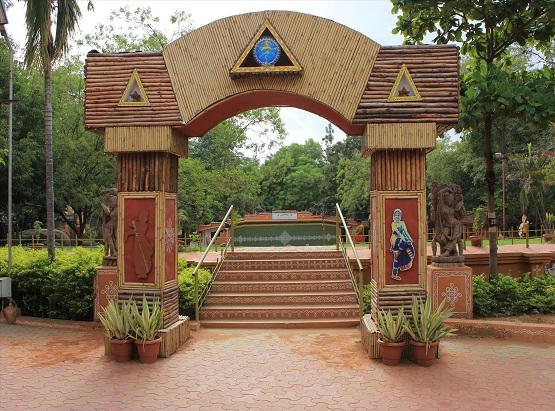 SHILPARAMAM - HYDERABAD Reviews, SHILPARAMAM - HYDERABAD Guide, Tourist Place, SHILPARAMAM - HYDERABAD Booking, SHILPARAMAM - HYDERABAD India