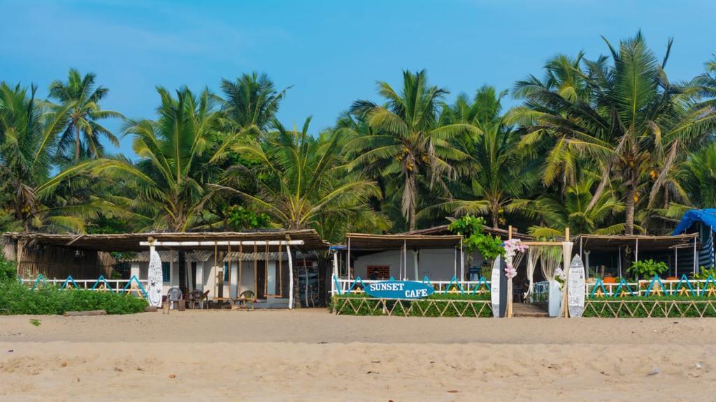 Sunset Cafe And Rooms - Gokarna Beach - Gokarna Image