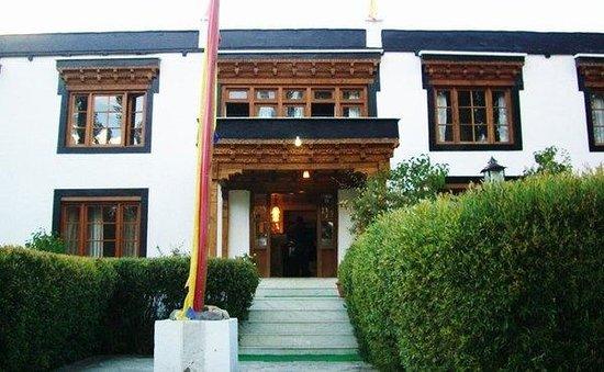 Kang La Chen Tibetan Restaurant - Changspa Road - Leh Image