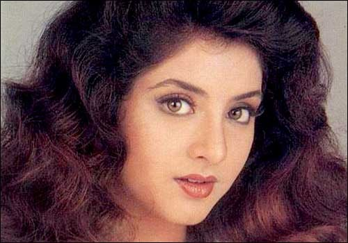 Divya Bharti Photos Hd Images Photo Gallery Wallpapers