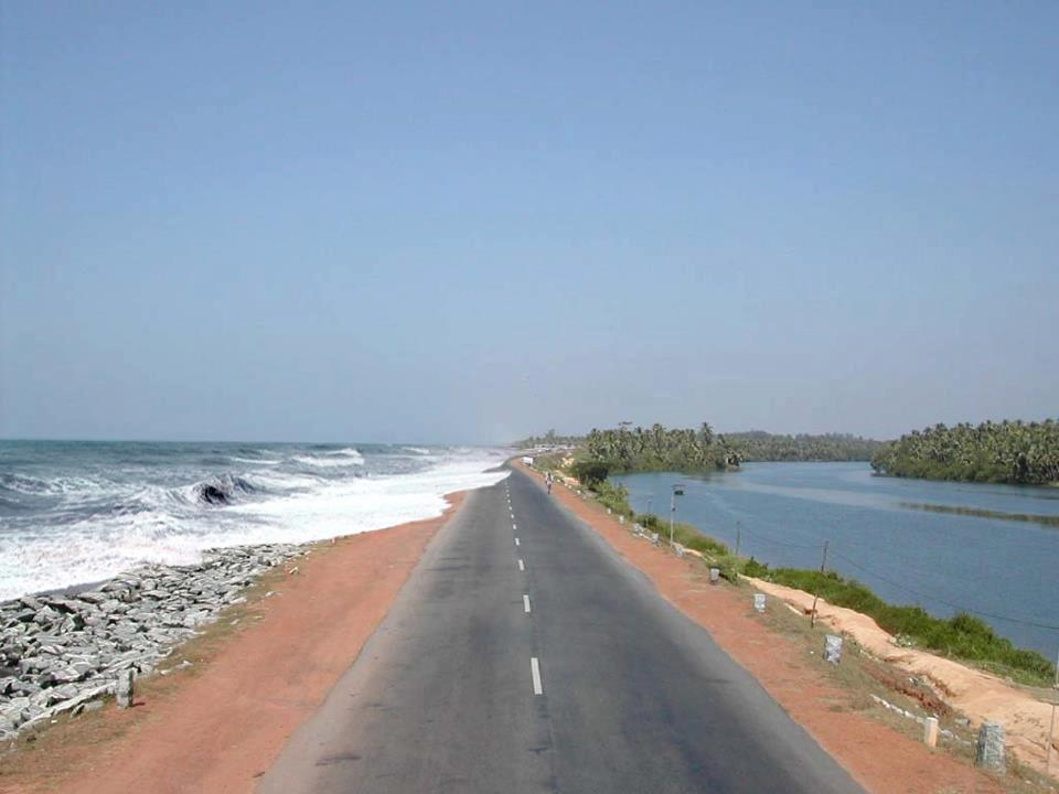 Maravanthe Beach Kundapura Reviews Information Tourist