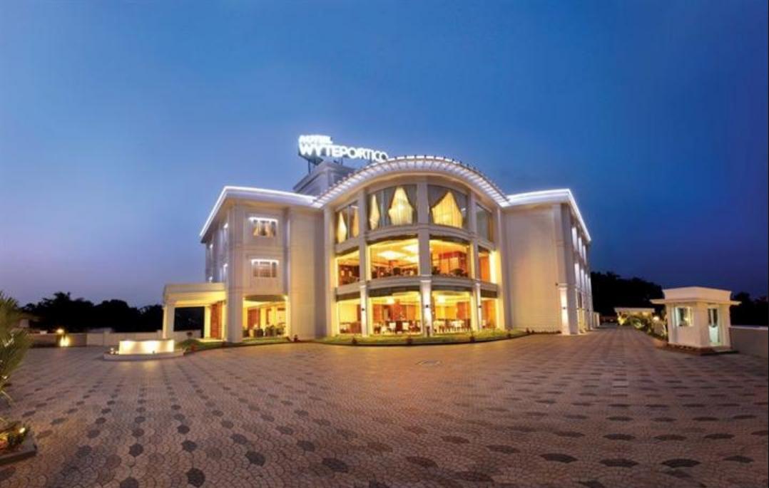 Hotel Wyte Portico - Pathanamthitta Image