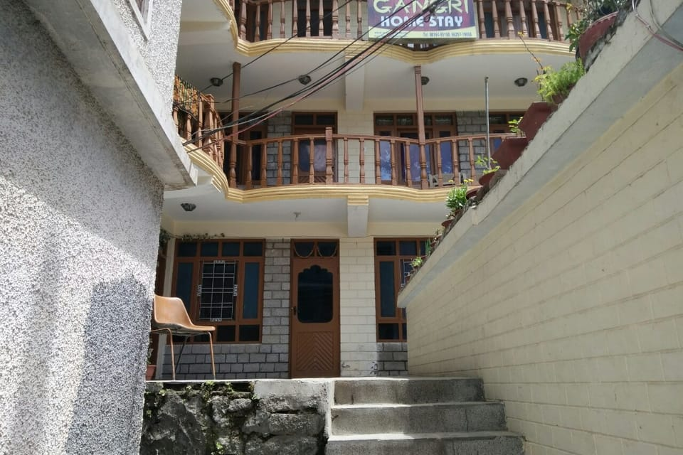 Gangri Homestay & Cottage - Manali Image