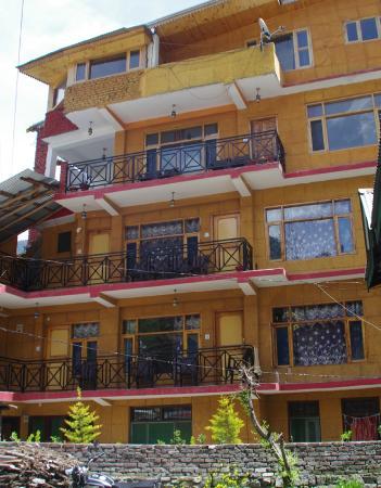 Yak & Yeti Guest House - Manali Image