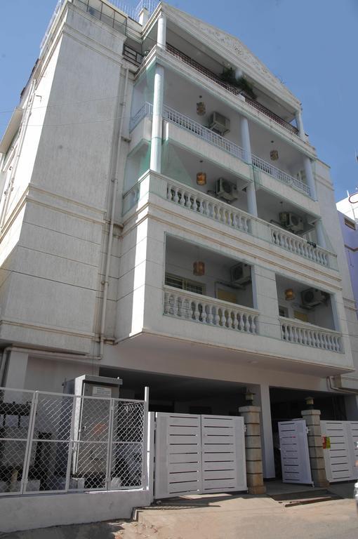 White Bricks Inn - Bangalore Image