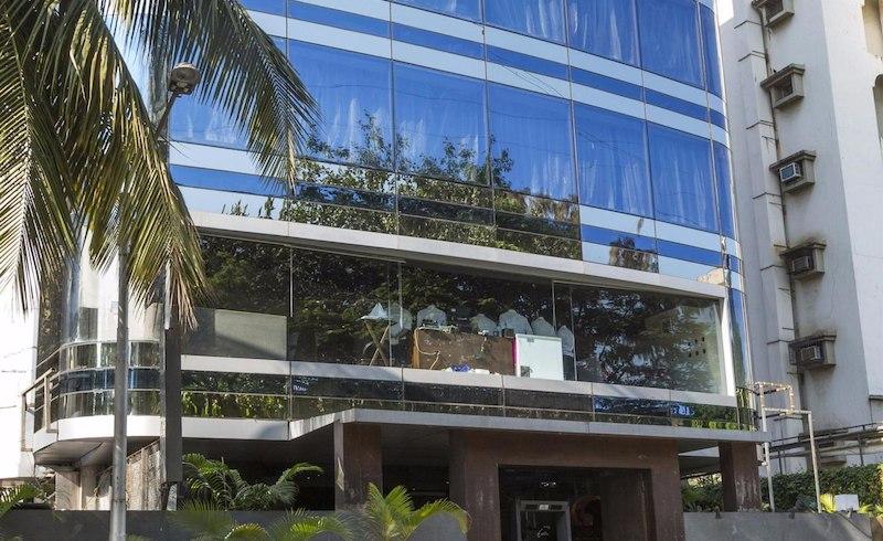 Global Buffet - Svenska Design Hotel - Lokhandwala - Mumbai Image