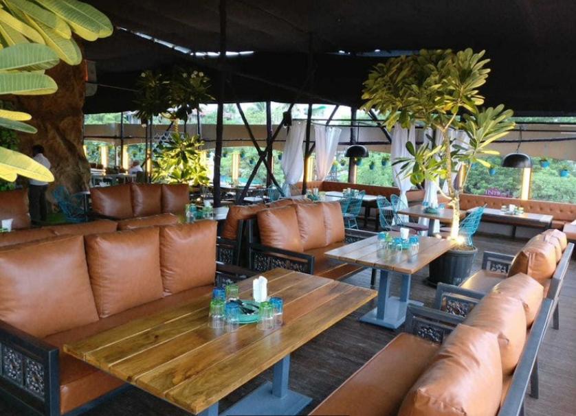 The FML Lounge - Kalyani Nagar - Pune Image